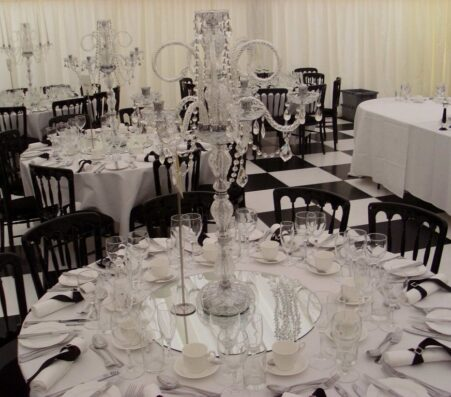 Round Tables   Marquees.Com