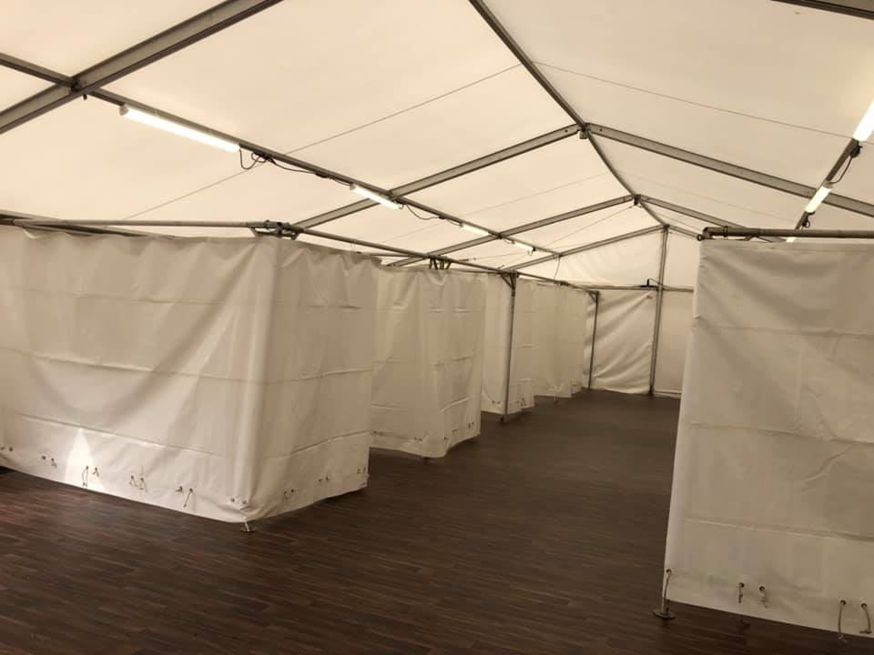 social distancing marquee with flooring
